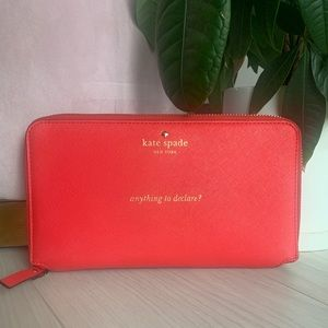 Kate Spade ♠️ Cameron Street Travel Wallet